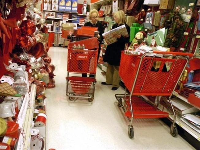 Stretch Your Holliday Dollars: Safe and Smart Shopping Tips