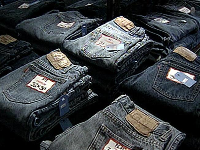 Ho Ho No: Illinois, Indiana Caught Up in Counterfeit Goods Raids