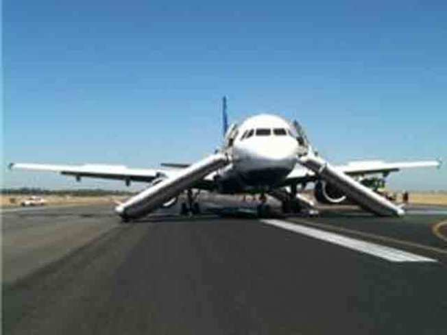 JetBlue Fliers Suffer Minor Injuries After Hard Landing