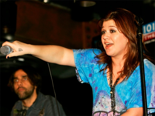Private Kelly Clarkson Show Attracts Local Celebs