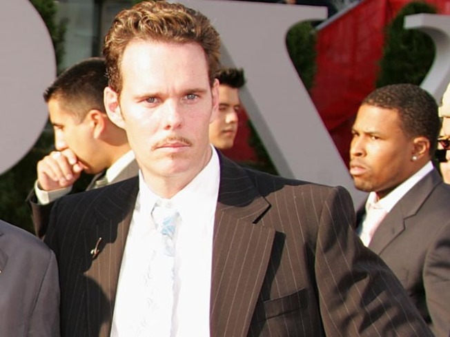 Join Johnny Drama's Entourage