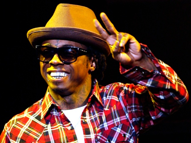 Lil Wayne Has Hometown Farewell Show Before Jail