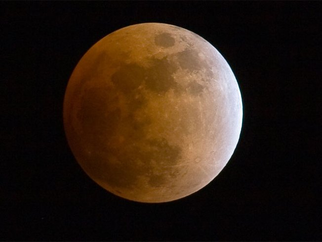 Chicagoans Could Miss Total Eclipse of the Moon
