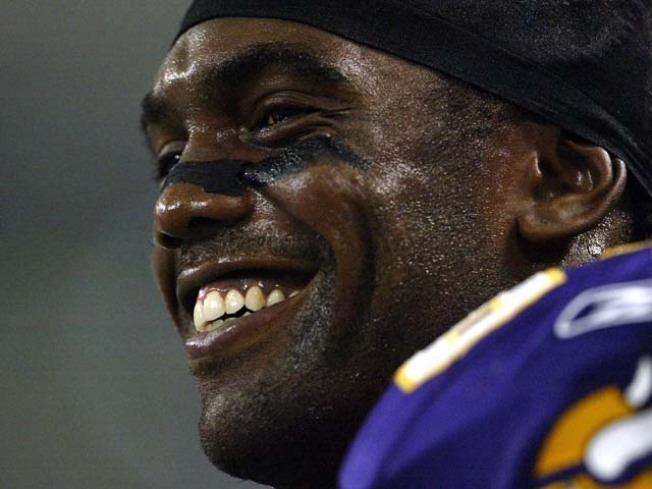 Why Randy Moss in Minnesota Is Bad News for the Bears