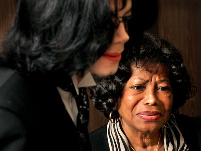 Katherine & Rebbie Jackson Jointly Raising Michael's Kids