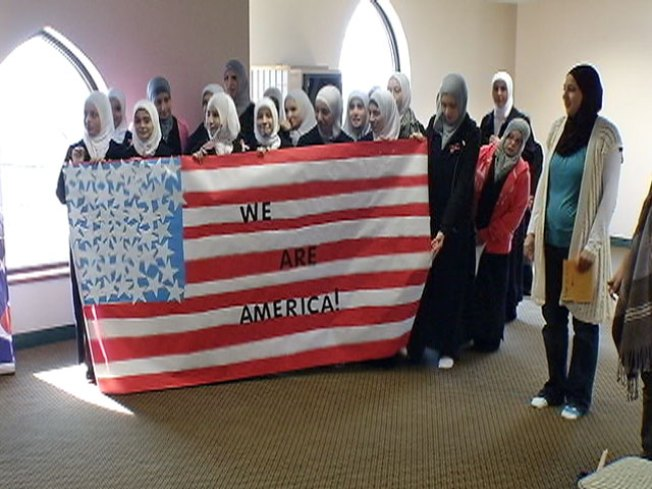 Chicago's Muslims Waging Get-Out-the-Vote Campaign