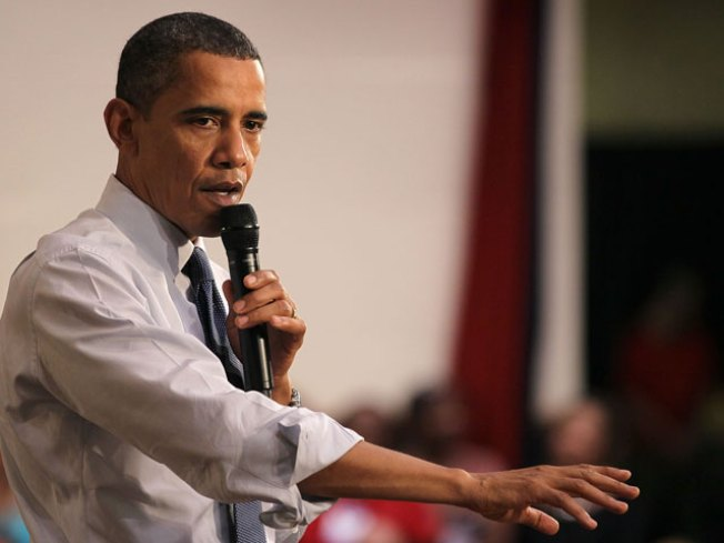 Obama Talks Economy at Racine Town Hall