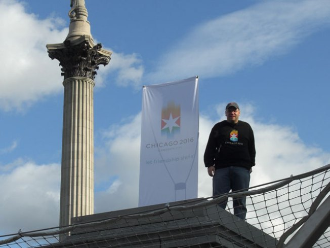 Chicago Man Promotes 2016 in London