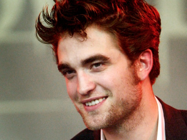 Robert Pattinson: I Got a Fan to Undress