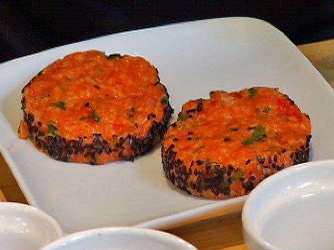 Olympic Recipe: Salmon Sliders
