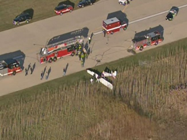Pilot Dies After Small Plane Crash in Schaumburg