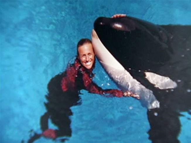 SeaWorld Trainer's Death Honored