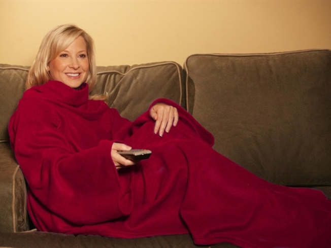 """Fuzzy Love: """"Snuggie Sutra"""" Seduces Couch Potatoes"""