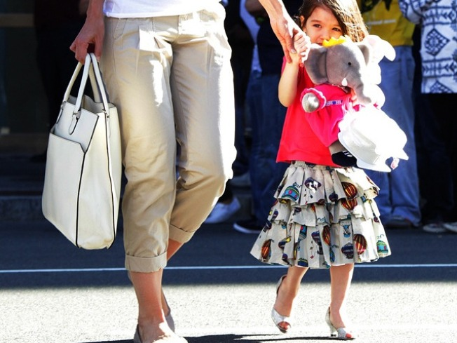 Katie Holmes Defends Suri Cruise Wearing High Heels