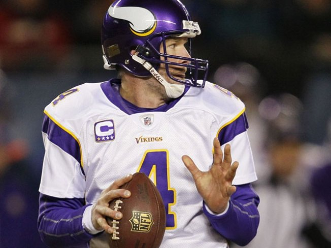 Favre Among Eight Vikings Selected to Pro Bowl
