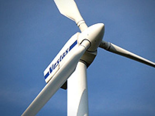 Why Oil Spill Hurts Progress of Wind Power