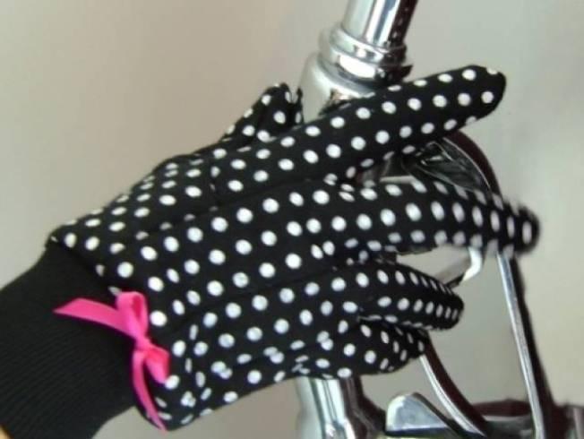 Gas Pump Gloves