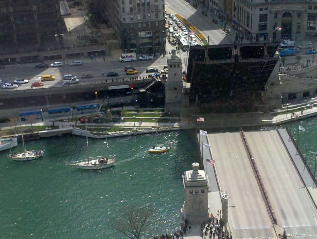 Feds Want Swimmable Chicago River