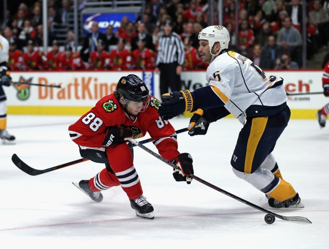 Kane Extends Point Streak as Blackhawks Beat Predators 4-1