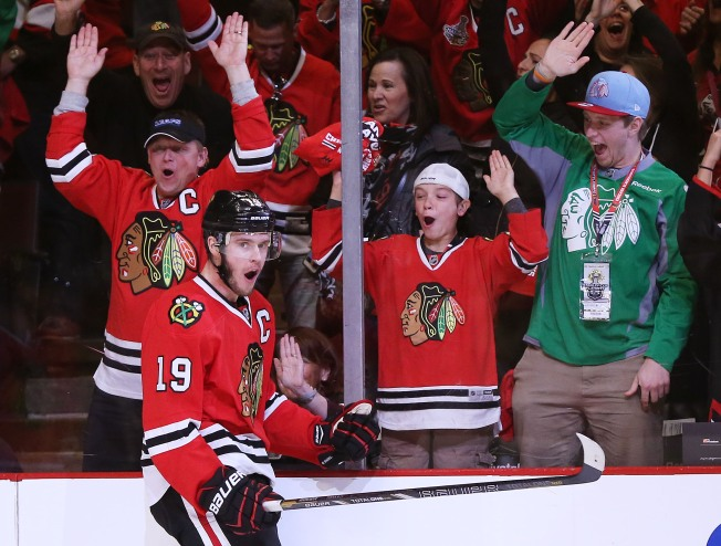 Toews' SO Goal Lifts Blackhawks Over Predators 5-4
