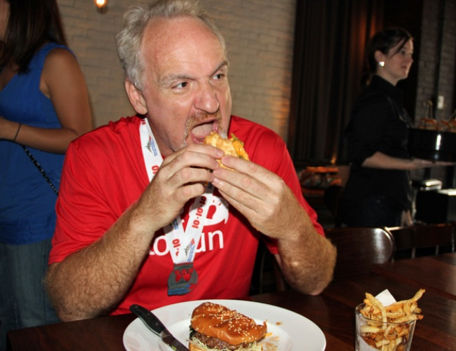 Art Smith Gets His Post-Marathon Burger