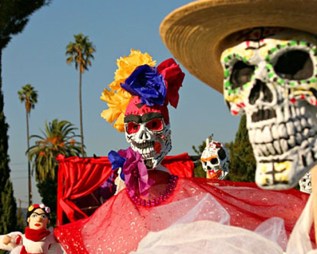 Tonight: Day of the Dead Dining