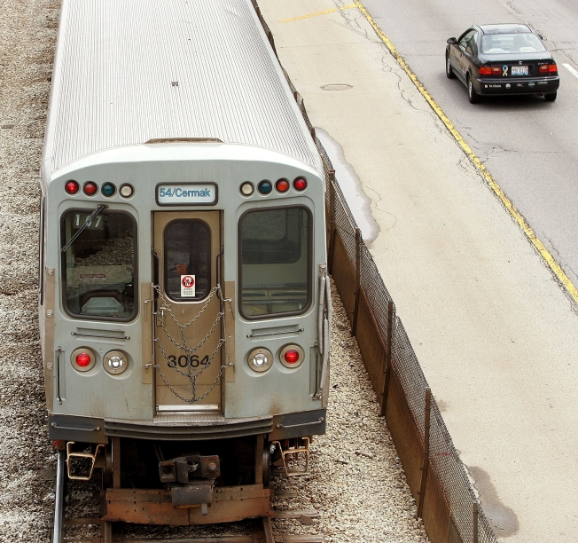 Bad Track Keeps CTA Trains in Slow Mo