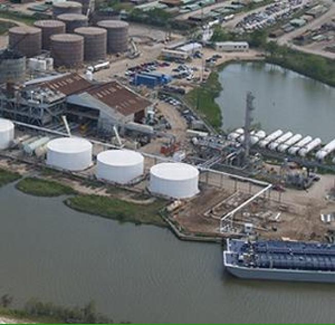 Hurricane Ike Shuts Largest U.S. Biodiesel Refinery