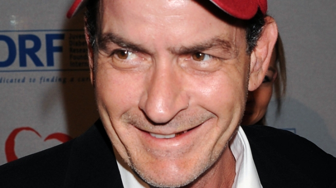 Charlie Sheen to Take Stage at Emmys: Reports