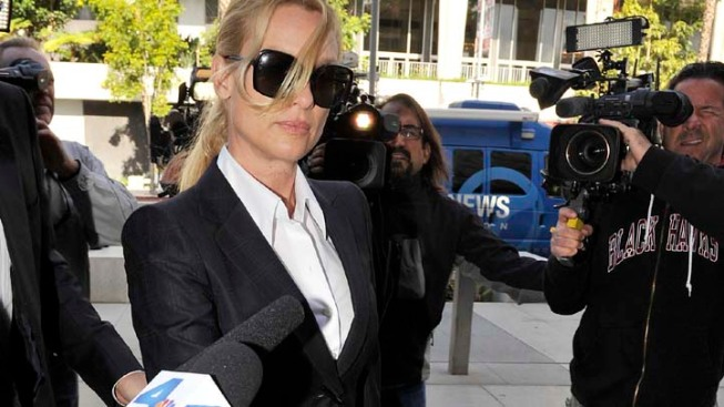 """""""Housewives"""" Trial Gets a Last-Minute Twist"""
