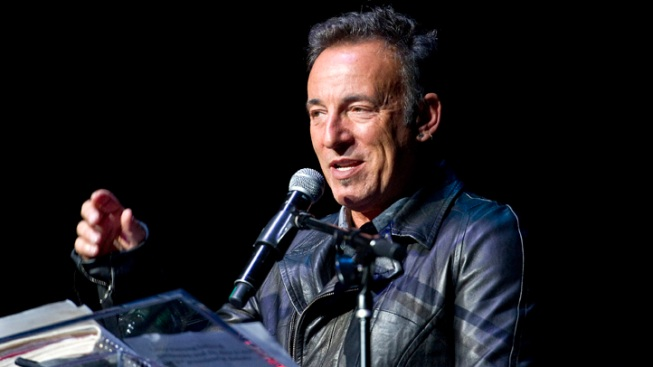 Springsteen Presents Charity Honor to Van Zandt