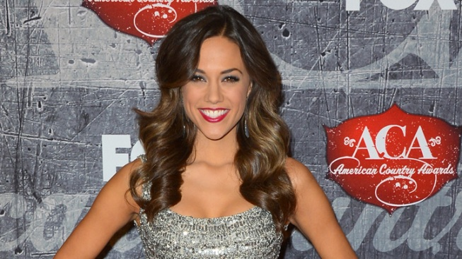 """One Tree Hill's"" Jana Kramer Engaged to Country Singer Brantley Gilbert"