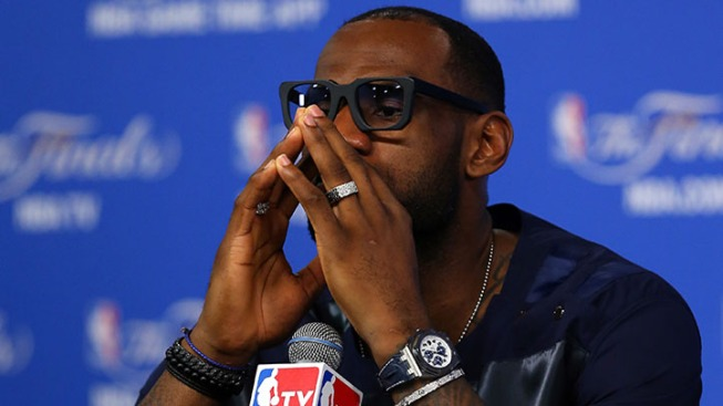 LeBron James to Opt Out Of Miami Heat Contract