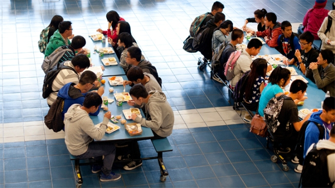 essay on open campus lunch Persuasive esaay on allowing kids off campus during lunchpersuasive esaay on allowing kids off campus during lunchonly available on studymode open campus lunch persuasive essayopen campus lunch for junior and.