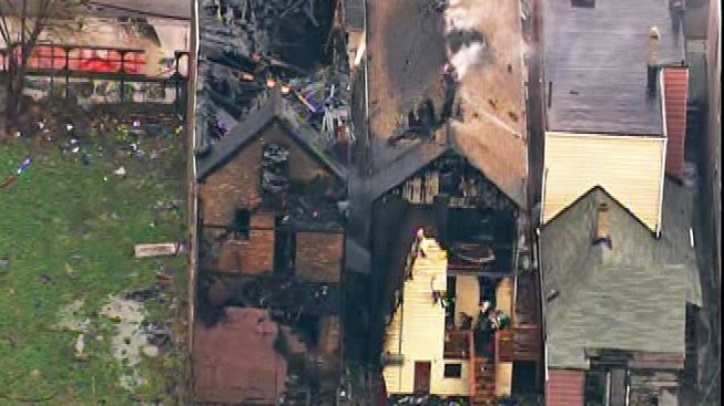Crews Respond to Far South Side Fire