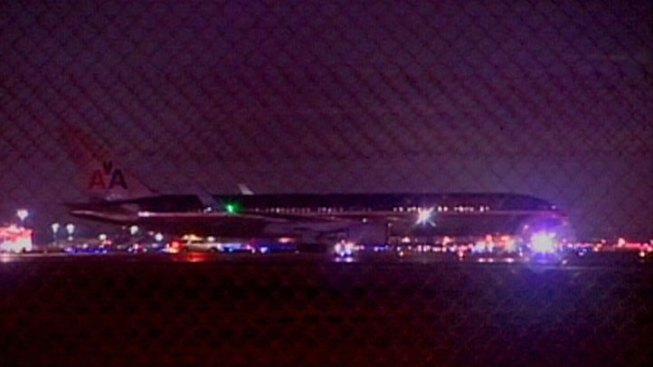 Flight Diverted to Chicago For Unruly Passenger
