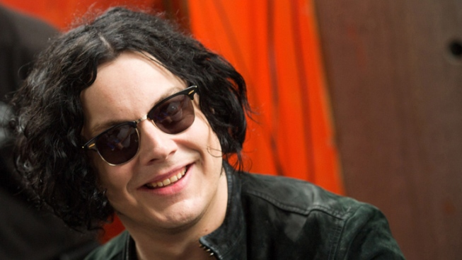 "Jack White Beats Out Adele for No.1 Album with ""Blunderbuss"""