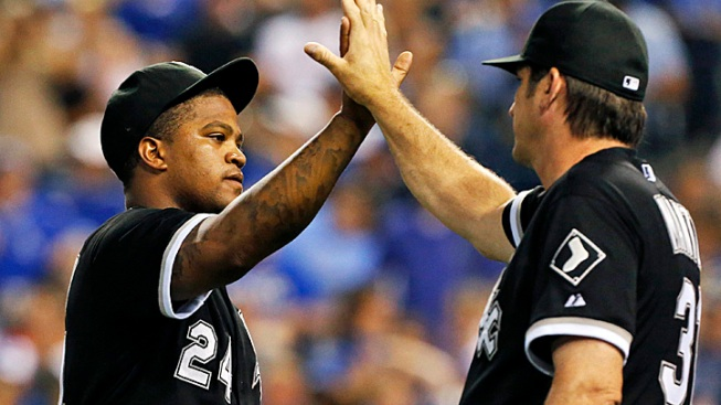 White Sox Roll to Win Over Punchless Royals