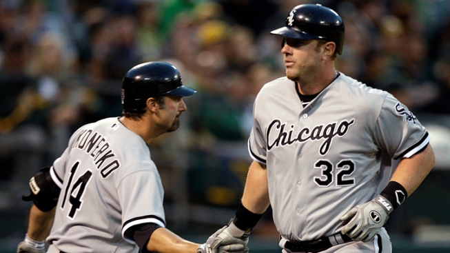 Peavy's 3-Hitter Leads Sox Past A's