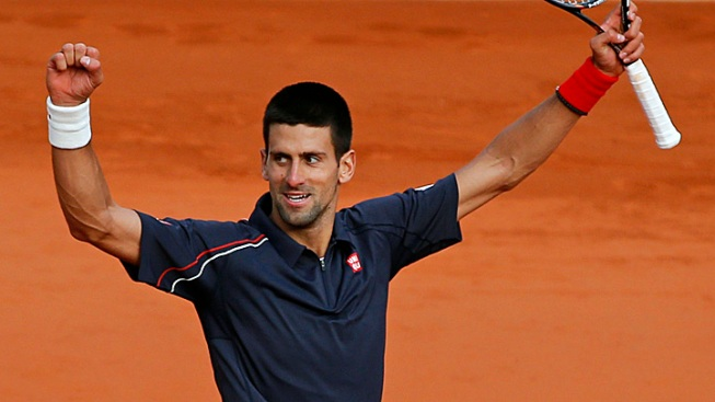 Djokovic Holds Off Federer to Clinch Spot in French Open Final