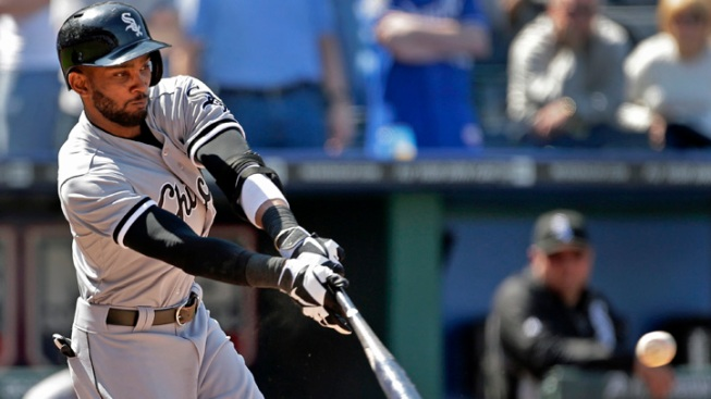 Ramirez, Santiago Lead White Sox Over Twins 5-2