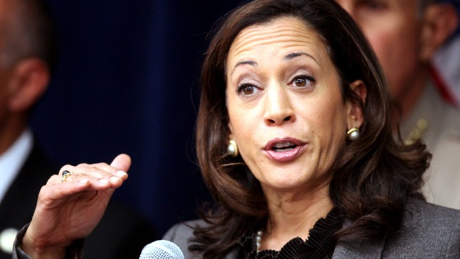 "Calif. Attorney General Kamala Harris' Star Power Buoyed by Obama ""Best-Looking"" Comment"