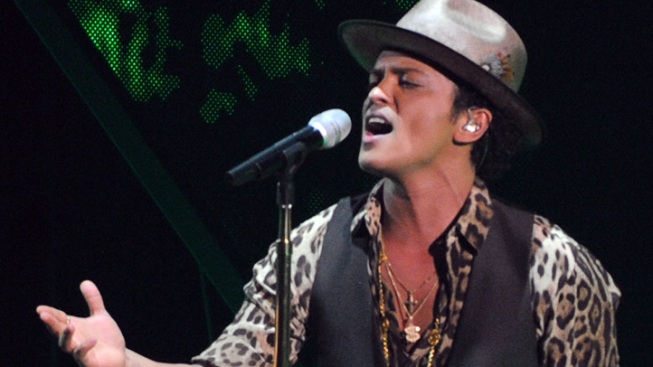 Bruno Mars Preps for Super Bowl