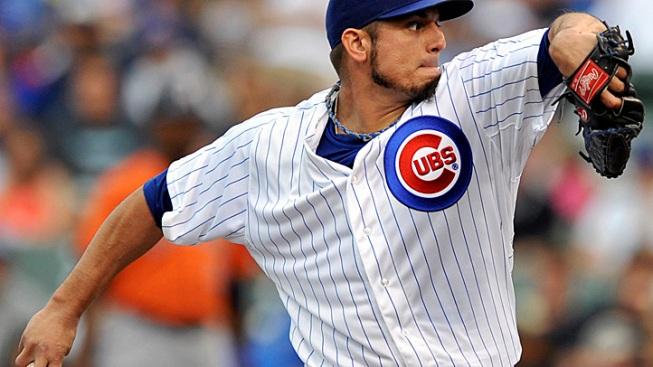 Garza Pitches Into 9th, Cubs Beat Astros