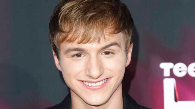 """Fred"" Star Lucas Cruikshank Comes Out as Gay, Gets Shout-Out From Cher"