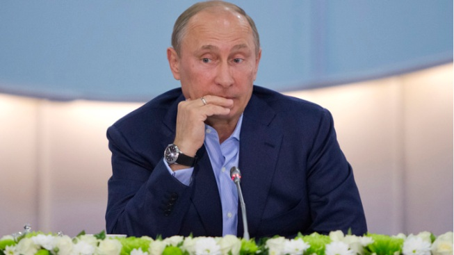 Putin Says Patriots Owner's Super Bowl Ring Was a Gift, Not Stolen