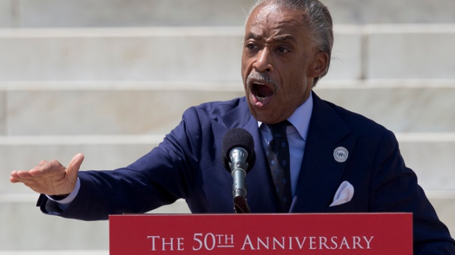 Sharpton to Rent Chicago Apartment to Focus on Gun Violence