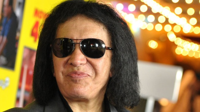 Gene Simmons, Paul Stanley of Kiss Opening Rock Restaurants in Chicago Area