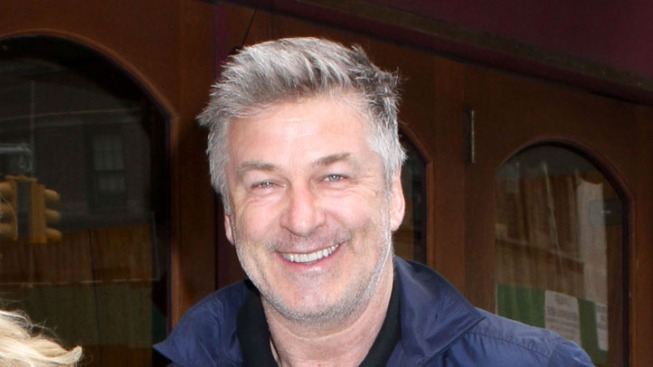 "Alec Baldwin Plays Meddling Newsman on ""Law & Order"""