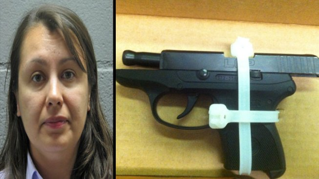 Woman Tried Bringing Loaded Gun Into Daley Center, Sheriff Says